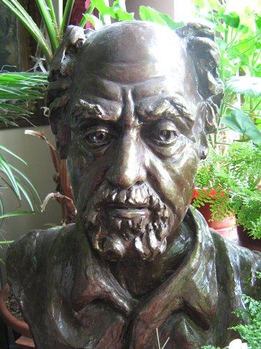 Sotul artistei, sculptura gips patinat